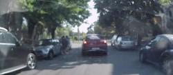 Se întâmplă în Timişoara! Femeie bătută şi călcată în picioare în mijlocul străzii de un clan de ROMI