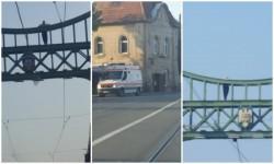 Un bărbat vrea să se arunce de pe podul Traian! Update: Bărbatul a fost coborât de pe pod!