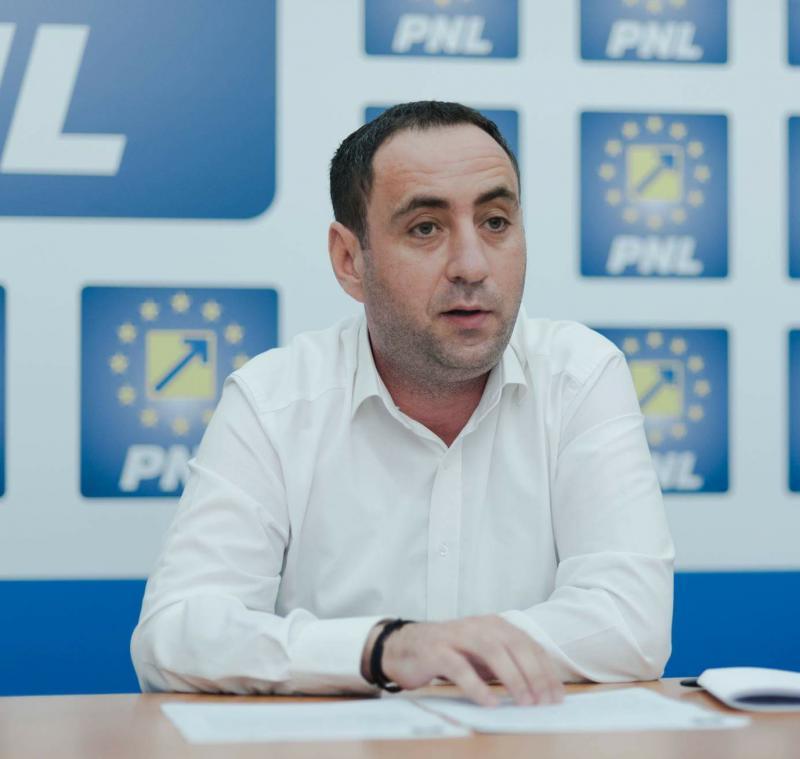 Lucian Riviș-Tipei (PNL): Prefectul Aradului rămâne sub controlul PSD! Zero interes pentru CET!