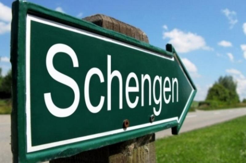 Șeful Comisiei Europene: România trebuie primită rapid în spaţiul Schengen