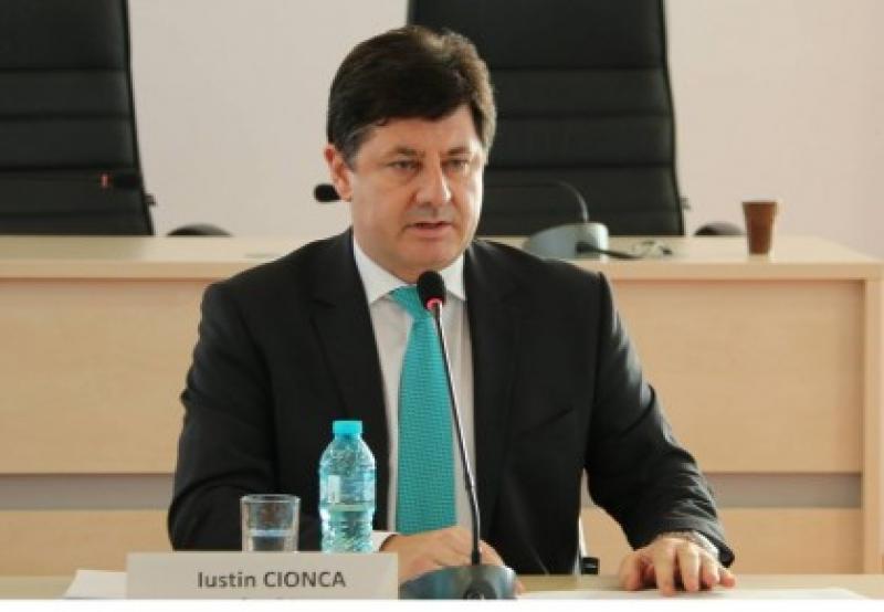 """Iustin Cionca: """"Guvernul trebuie să despăgubească arădenii afectaţi de furtună!"""""""