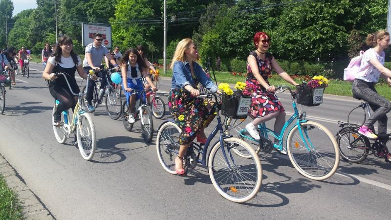 Pecicanii sunt invitați să circule cu bicicleta în 20 septembrie