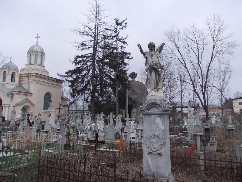 Înmormântările, reglementate de lege! Amenzi de până la 10.000 lei pentru persoanele care nu respectă noile reguri!