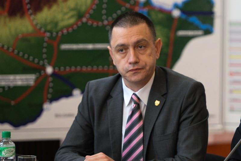 Ministrul Apărării Mihai Fifor, gafă impardonabilă în faţa Adunării Parlamentare a NATO