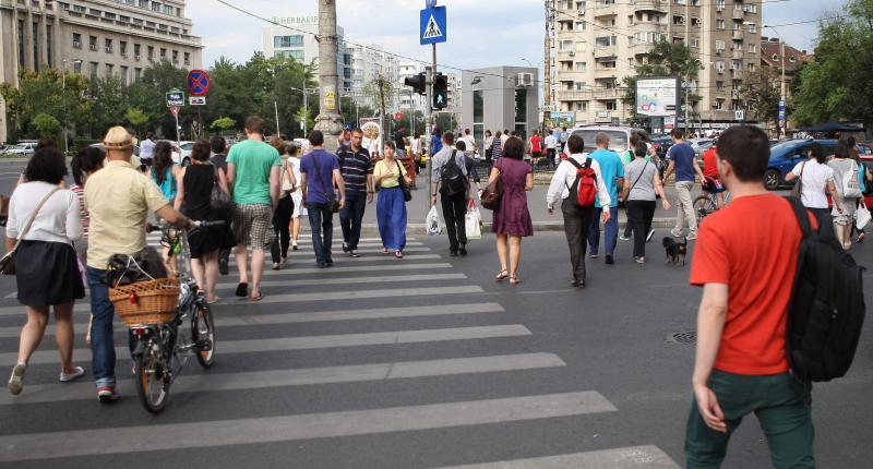 Sondaj de opinie: Majoritatea covârșitoare a românilor susține familia formată din femeie și bărbat