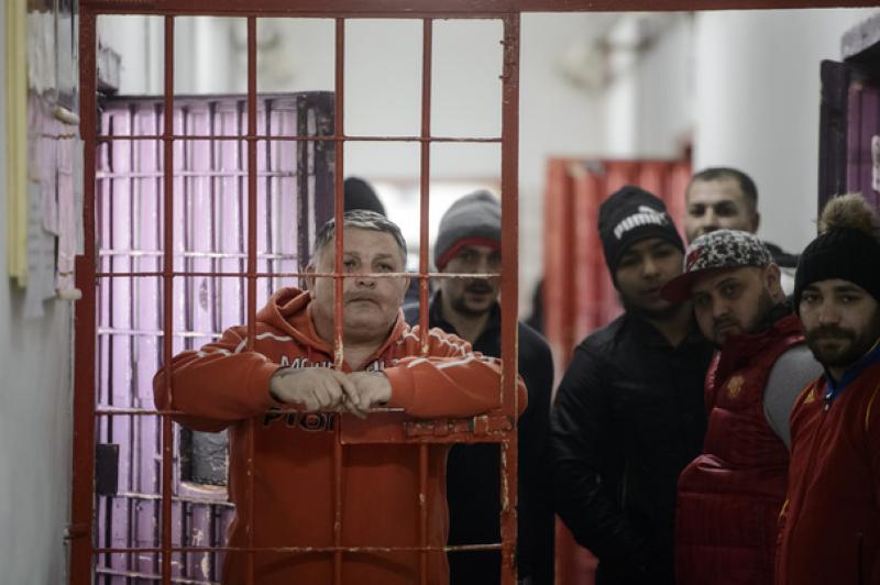 Efectul Tudorel Toader: Cea mai mare parte a deţinuţilor eliberaţi sunt criminali, violatori şi tâlhari