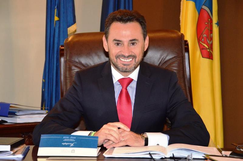 """Gheorghe Falcă: """"Le mulțumesc consilierilor PNL pentru că au votat proiectul privind serviciul public de salubrizare menajeră al municipiului!"""""""