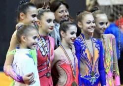 Salbă de medalii pentru CSM Arad pe covorul naţional al ritmicii