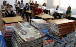 Manualele şcolare vor fi tipărite de către Ministerul Învăţământului