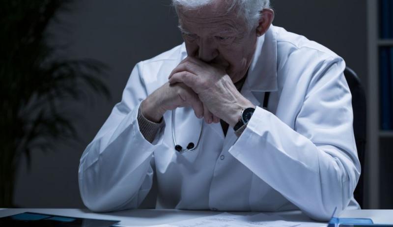 Medicii români vor ieşi la pensie mult mai târziu