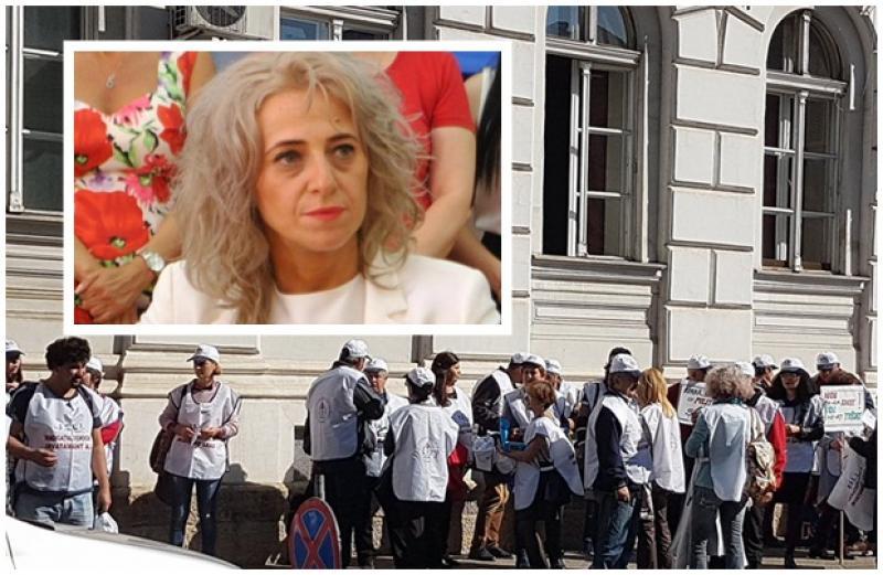 Prefectul Florentina Horgea, ignoranţă totală faţă de protestul medicilor de familie din Arad
