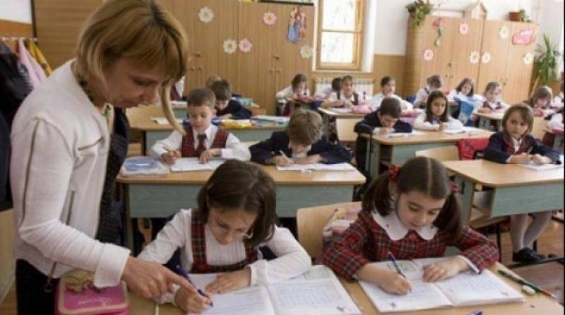 Preșcolarii și elevii din ciclul primar revin la cursuri după o săptămână de vacanță. AFLĂ când este următoarea vacanță
