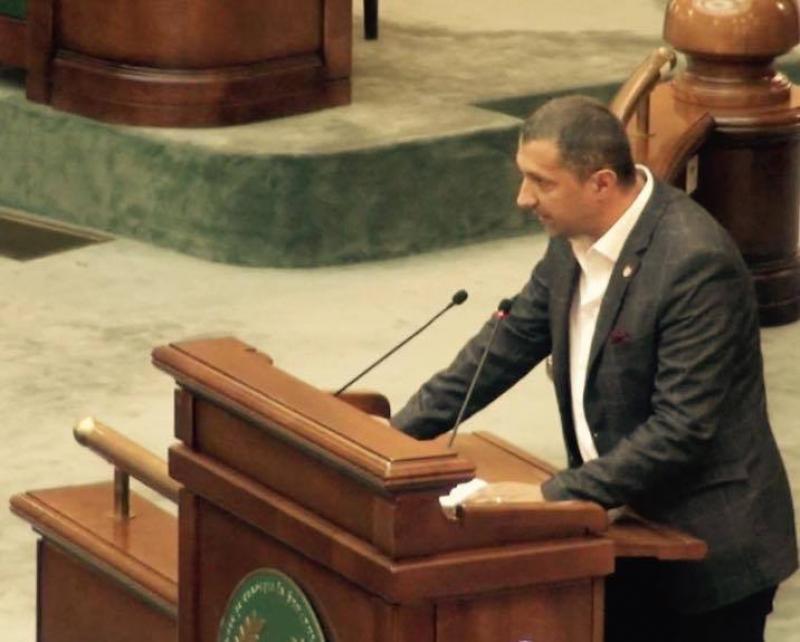 Senatorul Adrian Wiener vrea o mai bună gestionare a banilor din contribuțiile pentru accidente de muncă și boli profesionale