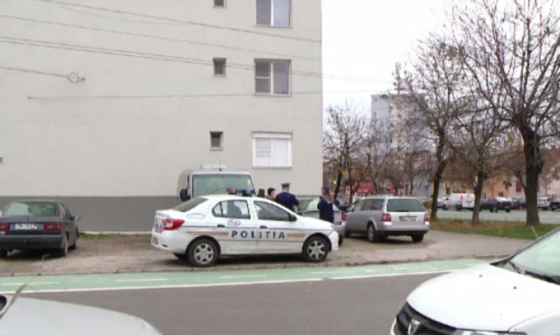 Băiețel de numai 2 ani a murit după ce a căzut de la etajul 9 al blocului unde locuia