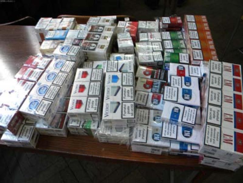 O nouă acţiune de combatere a traficului de ţigări, desfăşurată de poliţiştii din Ineu
