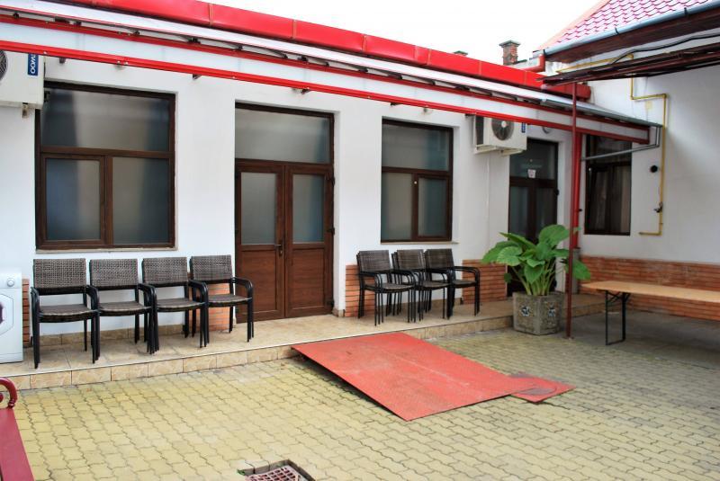 Cantina Municipală Arad face angajări! Află ce posturi sunt scoase la concurs!