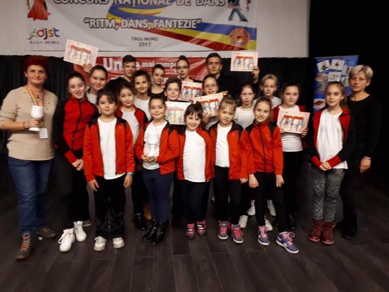 Azucar și Baby Star: 3 locuri I la Targu Mureș