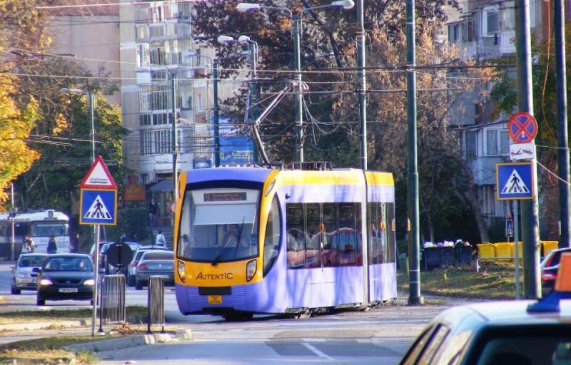 Cel mai nou tramvai fabricat la Arad, face furori în Timişoara