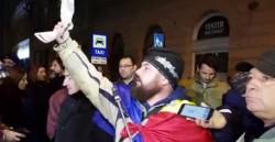 Liviu Dragnea, umilit şi pus pe fugă de un grup de sibieni!