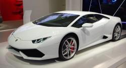 A primit în dar o supermașină în valoare de 185 de mii de euro și vrea să o vândă