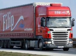Un mare transportator rutier din Arad are un plan de investiţii de 18 milioane de euro