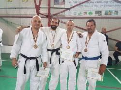 Poliţişti arădeni, medaliaţi la Campionatul Naţional de Judo al M.A.I.!