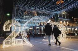 USR Arad, împotriva amenajărilor de Crăciun din Parcul Eminescu. Sergiu Vlad: Dacă nu a reușit prin asfaltare, Falcă încearcă cu scânduri
