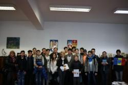 """""""Inimi pentru trei culori"""", la Consiliului Judeţean Arad"""