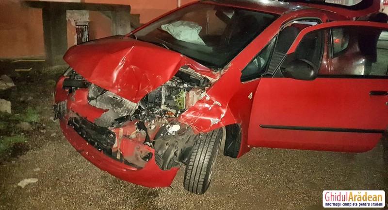 Un alt accident rutier în Arad. De această dată, evenimentul rutier a avut loc în zona Miorița