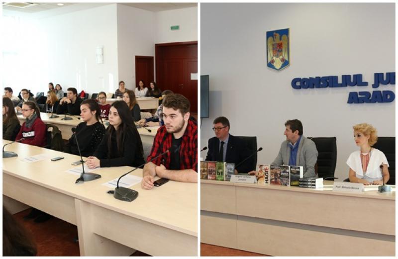 Jurnalistul Grigore Cartianu, în faţa elevilor arădeni