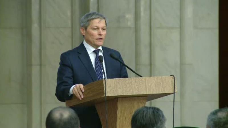 Fostul premier Dacian Cioloș anunță că va lansa propriul partid