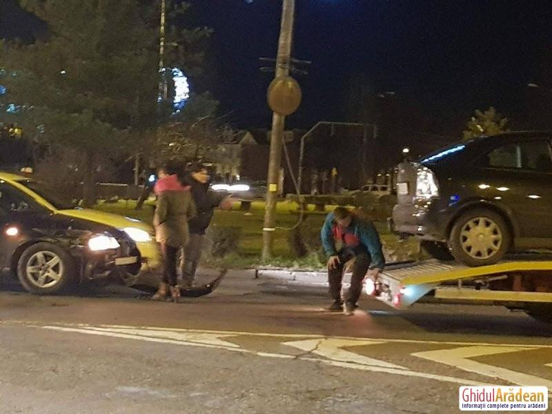 Un accident rutier a dat peste cap circulaţia rutieră în Piaţa Spitalului