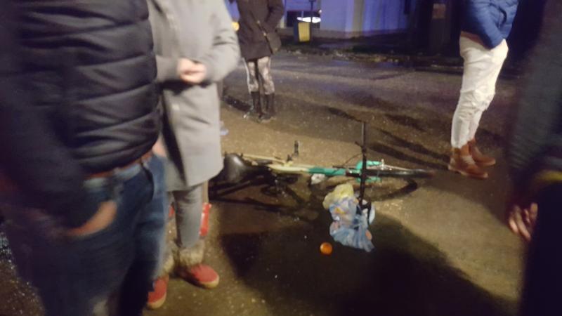 Biciclistă lovită în Galșa