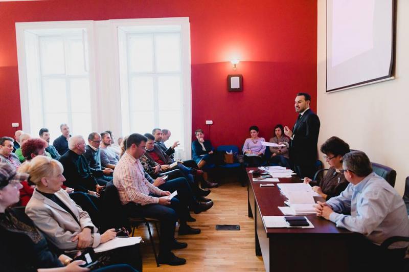 Impozitele şi taxele locale, în dezbatere publică la Arad