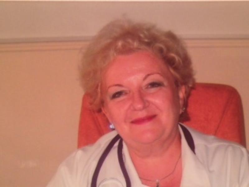 De vorbă cu Dr. Dana Olar, medicul care şi-a dedicat întreaga viaţă medicinei şi arădenilor