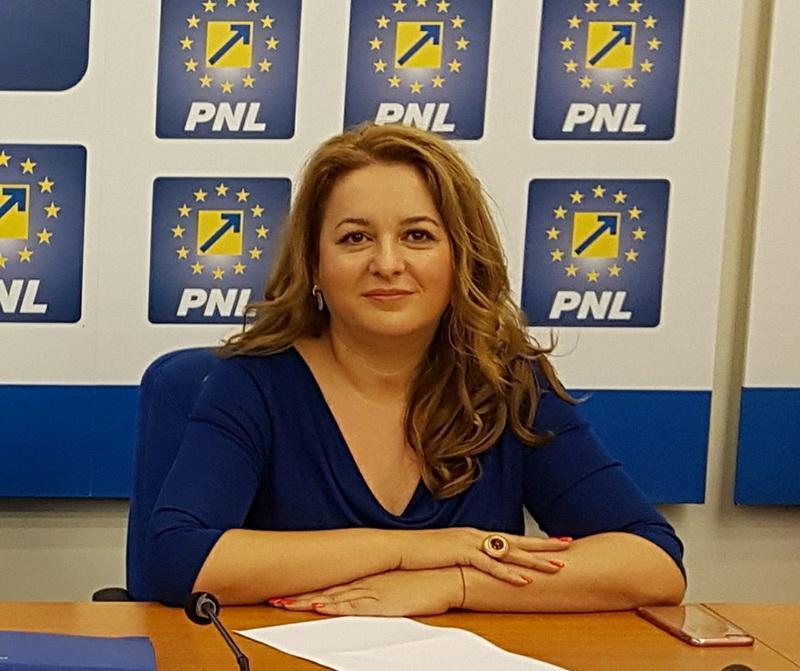 Geanina Pistru aleasă prim-vicepreşedinte la nivel central al Organizaţiei Femeilor Liberale