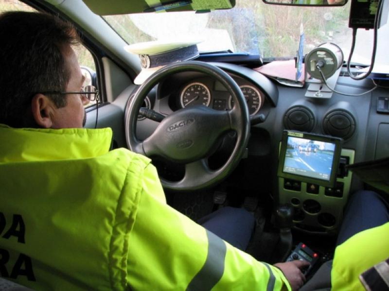 Inconştienţă dusă la extrem! Doi şoferi, depistaţi de poliţiştii arădeni, conducând cu peste 150 km/h, în localitate