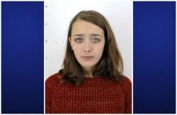 O tânără de numai 15 ani din Arad a dispărut fără urmă. Poliţia şi familia o caută de trei zile