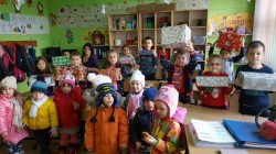 """""""Cutia cu suflet"""" a ajuns în școlile din Arad și Mândruloc"""