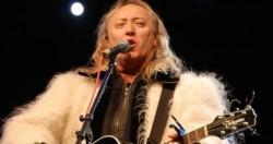 Vestitorul Crăciunului, Ștefan Hrușcă concertează în Atrium Mall