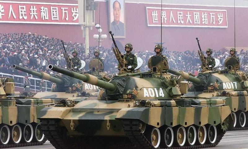 Cea mai mare armată a lumii se pregăţeşte de RĂZBOI