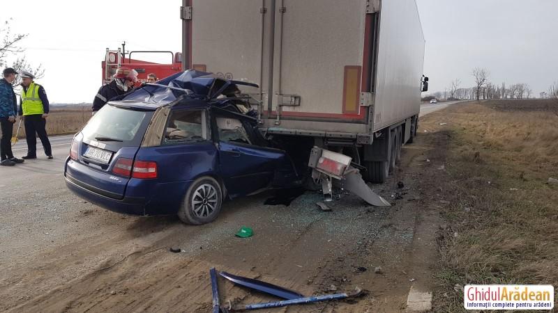 ACCIDENT mortal pe DN7, la ieșirea din municipiul Arad spre Pecica