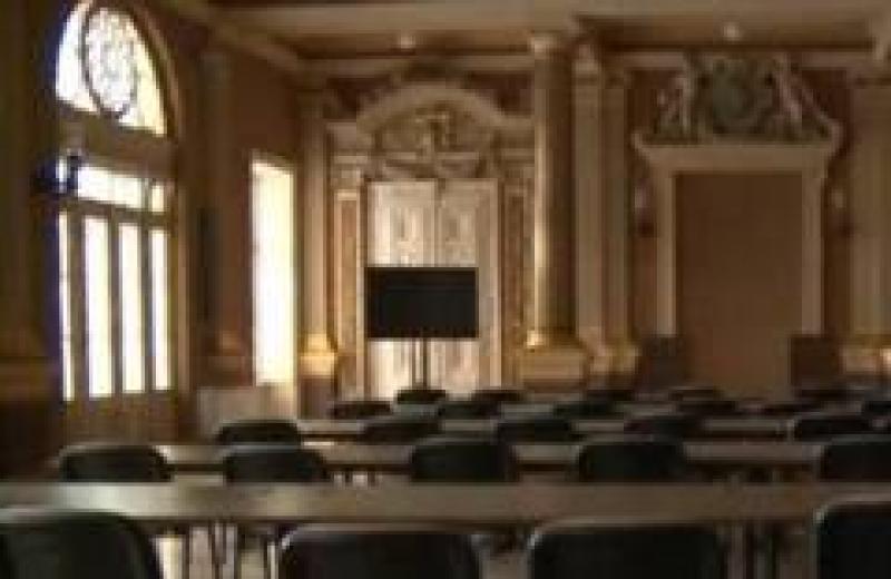 ZERO interes faţă de Arad şi arădeni.  Consilierii PSD sunt încă în vacanţă şi au chiulit în masă de la prima şedinţă a CLM din 2018