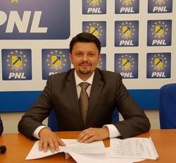Ionel Bulbuc (PNL): Wiener de la USR este la fel de inutil pentru Arad, precum a fost la Spitalul Județean