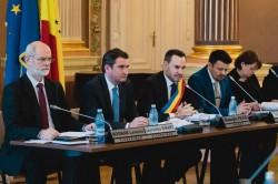 Anunţul de revenire la impozitele din 2015 pentru clădiri şi terenuri în municipiul Arad făcut de primarul Falcă a devenit oficial prin votul consilierilor locali