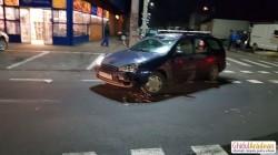 Două mașini s-au ciocnit violent în zona Gai