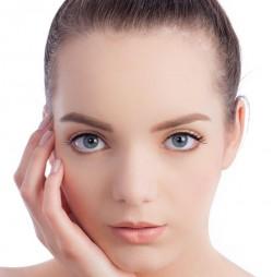 """Machiajul ,,no-makeup"""" – ce este si ce produse cosmetice folosesti (P)"""