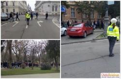 Elevii Colegiului Economic Arad, evacuaţi sub stricta supraveghere a Poliţiştilor Locali