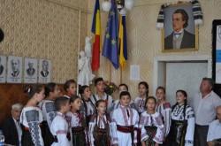 Burse pentru elevii de etnie română din Ucraina și stagii de specializare pentru profesorii lor