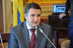 """Călin Bibarț (PNL): """"PSD a votat împotriva sănătății și a învățământului arădean!"""""""